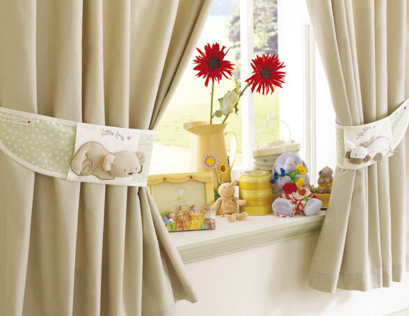 humphreys_bedtime_curtains__tie_backs